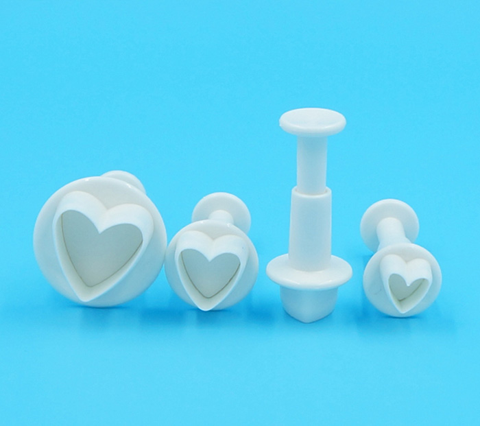 heart-shape-plunger-cutter-4-pcs-set-price-in-pakistan-3