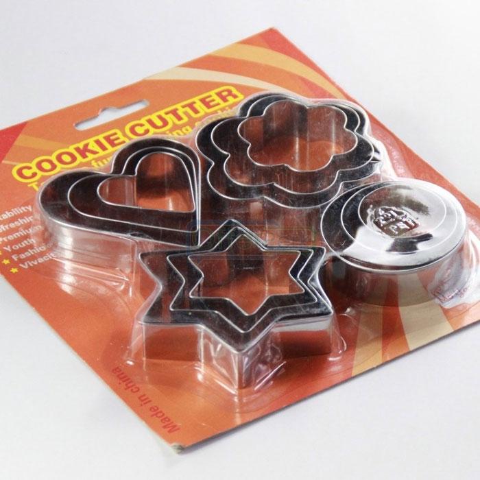 12-pcs-set-biscuit-mold-steel-1