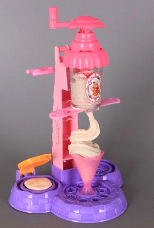 Ice Cream Kit with Modelin