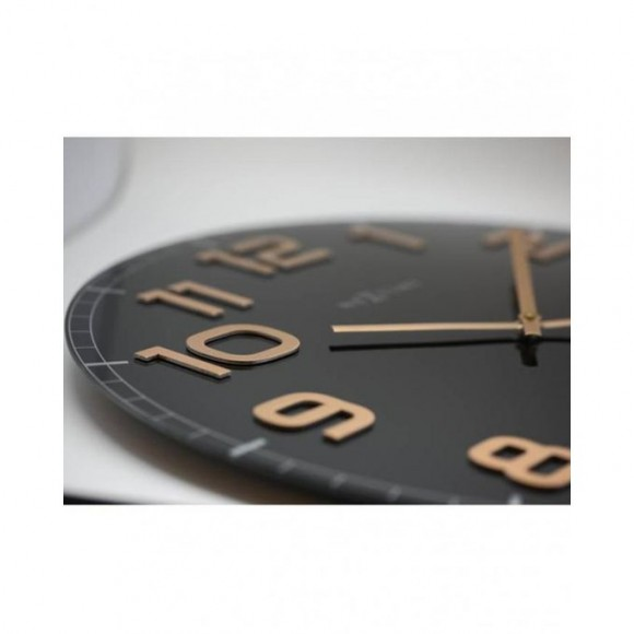 Classy Round Wall Clock - Netherlands