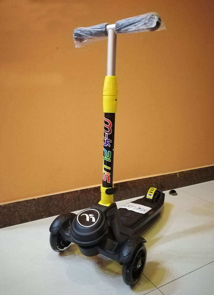 Kids 3 Wheel Push Kick Scooter - LED Light Up Wheels - Perfect For Children Super Strong Foldable Design - Adjustable Handlebar