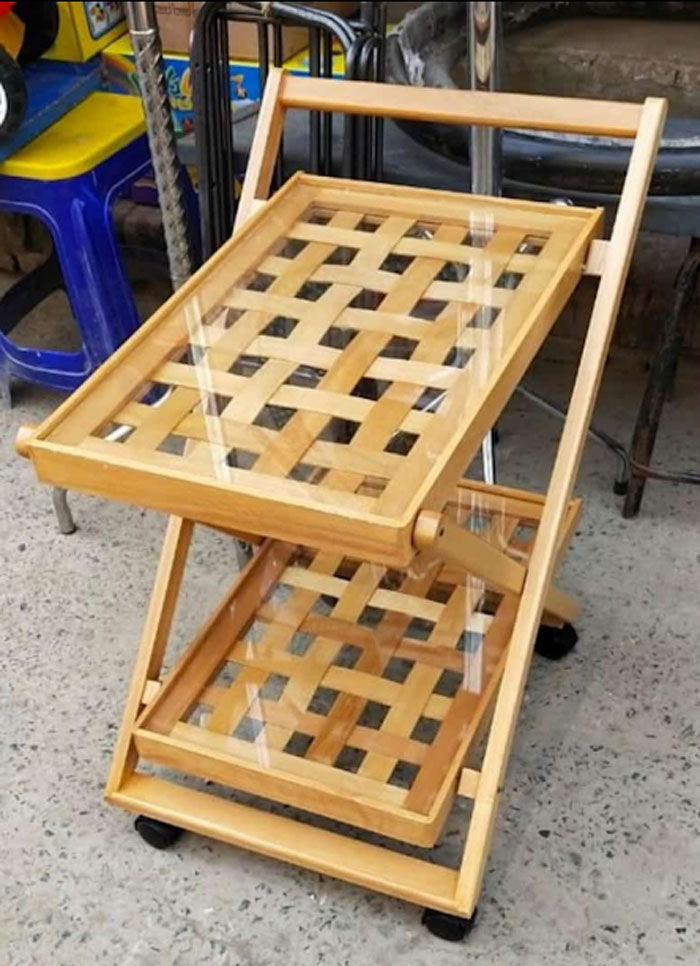 Beach Wood Tea Trolley 2 Portions (Centered with Glass)